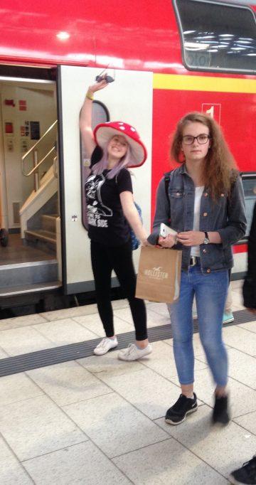 Ida mit Hut